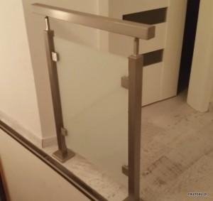 balustrada szklo mleczne 2