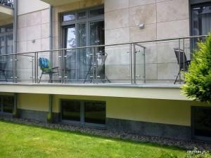balustrady szklane balkon